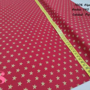 636 Tejido Estampado Estrellas Doradas fondo Rojo