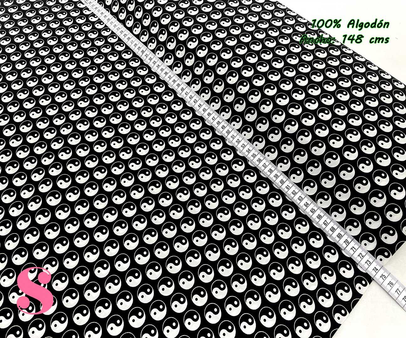 50-telas-de-algodón-100%,telas-de-moda,estampados-de-moda,telas-juveniles,estampados-juveniles,Tejido Estampado Yin & Yang