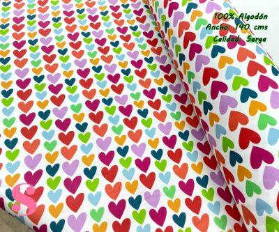 52-telas-de-algodón-100%,telas-de-moda,estampados-de-moda,telas-juveniles,estampados-juveniles,Sarga Agatha Ruiz de la Prada Corazones